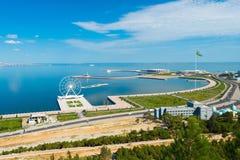 Vista à baía de Baku do parque do Upland Imagem de Stock Royalty Free