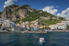 Vista à costa de Amalfi, Itália Fotografia de Stock Royalty Free
