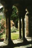 Vista à moda de um pátio romano imagem de stock royalty free