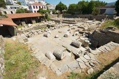 Vista às ruínas do mausoléu de Mausolus, uma das sete maravilhas do mundo antigo em Bodrum, Turquia fotos de stock