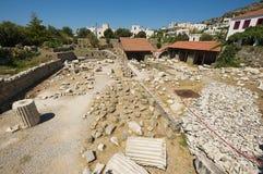 Vista às ruínas do mausoléu de Mausolus, uma das sete maravilhas do mundo antigo em Bodrum, Turquia imagem de stock