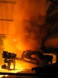 Vista épico da poeira do fumo do alto-forno (tecnologia do fogo do metal) Imagens de Stock
