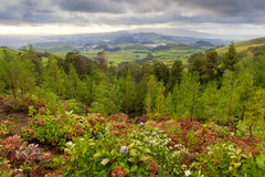Nuvens pesadas sobre a ilha de San Miguel Fotos de Stock Royalty Free
