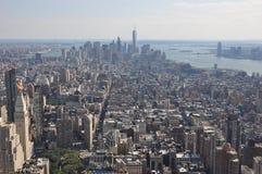 Vista aérea abajo a la ciudad de Manhattan del Empire State Building en Nueva York Imagen de archivo