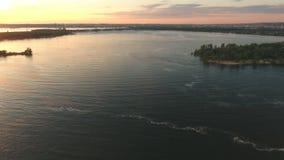 Vista aérea ao rio video estoque