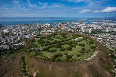 Vista aérea bonita da cratera Oahu Havaí de Punchbowl fotografia de stock royalty free