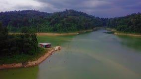 Vista aérea bonita de Belum real Malásia vídeos de arquivo