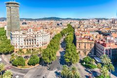 Vista aérea da alameda pedestre de Rambla do La, Barcelona, Catalonia, fotografia de stock