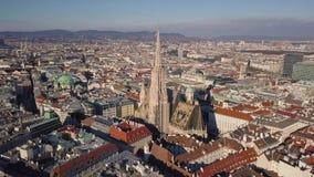 Vista aérea da catedral de St Stephen video estoque