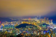 Vista aérea da cidade de Busan com a ponte de Gwangan na noite, Sout fotos de stock royalty free