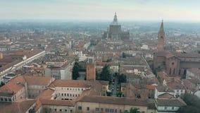 Vista aérea da cidade de Pavia, Itália filme