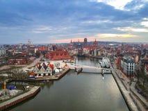 Vista aérea da cidade velha de Gdansk no por do sol Fotografia de Stock Royalty Free
