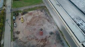 Vista aérea da construção da fábrica que está sendo demulida filme
