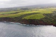 Vista aérea da estrada da costa norte do ` s de Maui a Hana Foto de Stock