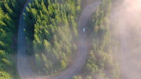 Vista aérea da estrada da montanha video estoque