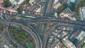 Vista aérea da estrada ocupada filme