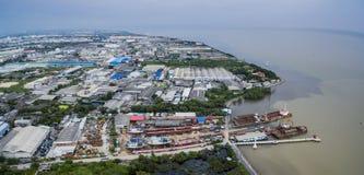 Vista aérea da fábrica no th do samuthprakran da propriedade da indústria pesada Imagens de Stock