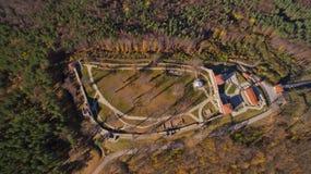 Vista aérea da fortaleza de Cari Mali Grad, Bulgária foto de stock