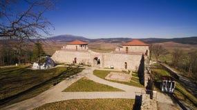 Vista aérea da fortaleza de Cari Mali Grad, Bulgária fotografia de stock