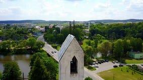 Vista aérea da igreja vídeos de arquivo