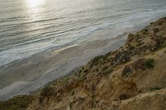 Vista aérea da praia preta, Torrey Pines calif?rnia EUA imagens de stock royalty free