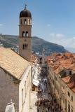Vista aérea da rua aglomerada da vila em Dubrovnik Fotografia de Stock