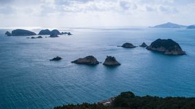 Vista aérea das ilhas e do mar imagens de stock royalty free