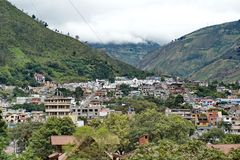 Vista aérea de Banos, Equador imagens de stock royalty free
