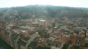 Vista aérea de Forte antigo di Belvedere, de palácio de Palazzo Pitti e de casas do beira-rio em Florença, Itália fotografia de stock royalty free