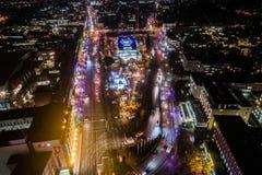 Vista aérea de Hamburgo en la noche, Alemania Tiempo de la Navidad Imagen de archivo