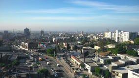 Vista aérea de Hollywood en LA almacen de metraje de vídeo