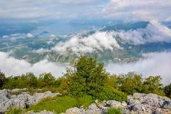 Vista aérea de Kotor, bahía de Boka Kotorska, Montenegro foto de archivo