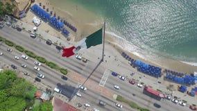 Vista aérea de la bandera en México almacen de metraje de vídeo