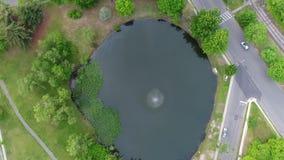 Vista aérea de la charca en la vecindad de New Jersey metrajes