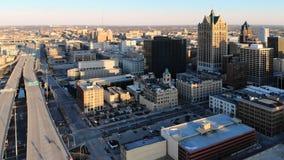 Vista aérea de la ciudad americana en el amanecer Edificios altos, fre Foto de archivo libre de regalías