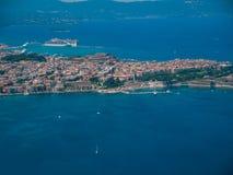 Vista aérea de la ciudad de Corfú en Kerkyra Grecia fotografía de archivo libre de regalías