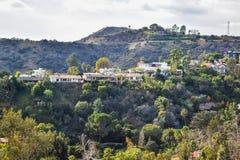 Vista aérea de la ciudad de Los Ángeles del parque Mountain View del barranco de Runyon Imágenes de archivo libres de regalías