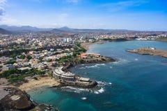 Vista aérea de la ciudad del Praia en Santiago - la capital de Cabo Verde es Fotografía de archivo