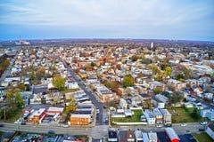 Vista aérea de la ciudad Gloucester New Jersey de la orilla del río de Delaware foto de archivo