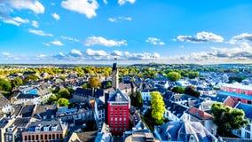 Vista aérea de la ciudad histórica de Maastricht en los Países Bajos según lo visto de la torre de la iglesia de StJohn imagen de archivo libre de regalías