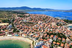 Vista aérea de la ciudad de Sozopol, Bulgaria imagen de archivo