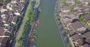 Vista aérea de la ciudad vieja de Hoi An o de la ciudad antigua de Hoian almacen de video