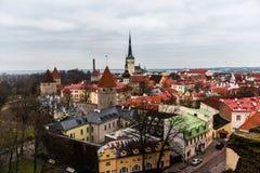 Vista aérea de la ciudad vieja de Tallinn Foto de archivo libre de regalías