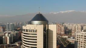 Vista aérea de la ciudad y de apartamentos en Chile metrajes