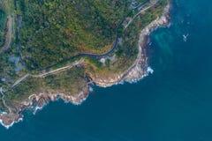 Vista aérea de la costa costa Fotos de archivo libres de regalías