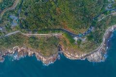 Vista aérea de la costa costa Imagen de archivo libre de regalías