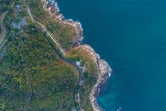 Vista aérea de la costa costa Imágenes de archivo libres de regalías