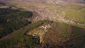 Vista aérea de la fortaleza de Cari Mali Grad, Bulgaria fotos de archivo libres de regalías