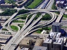 Vista aérea de la intersección en la ciudad de Chicago Imagenes de archivo