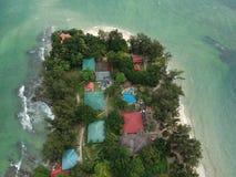 Vista aérea de la isla de Manukan de Sabah, Malasia Océano verde claro La isla de Manukan es la isla visitada de Sabah La imagen Imagenes de archivo
